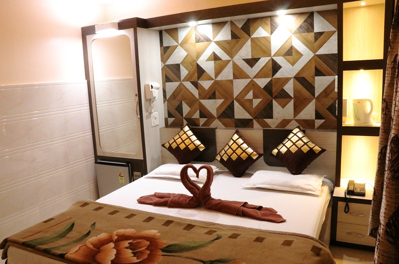 Hotel Prince B, Guwahati - Double Deluxe AC Room