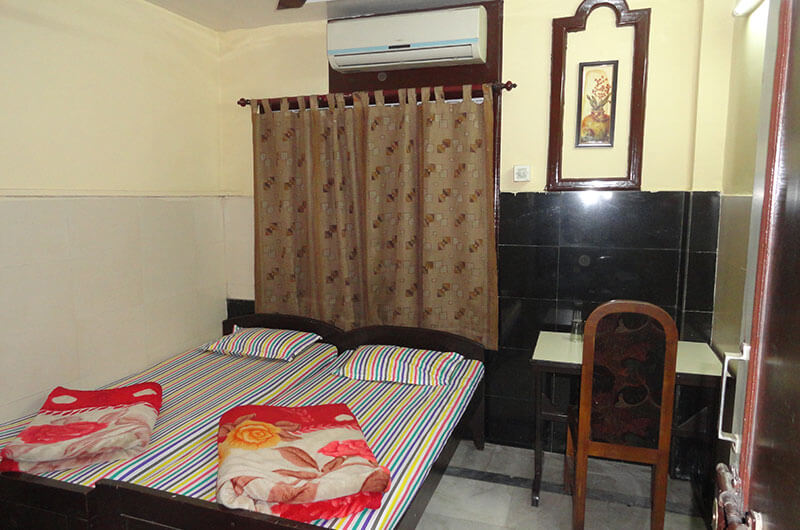 Double Bed Standard Non A C Room At Hotel Prince B Guwahati